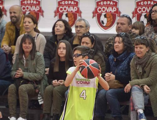 La Copa COVAP destaca en su sede de Huelva el ejercicio al aire libre para evitar futuros problemas de visión en los niños