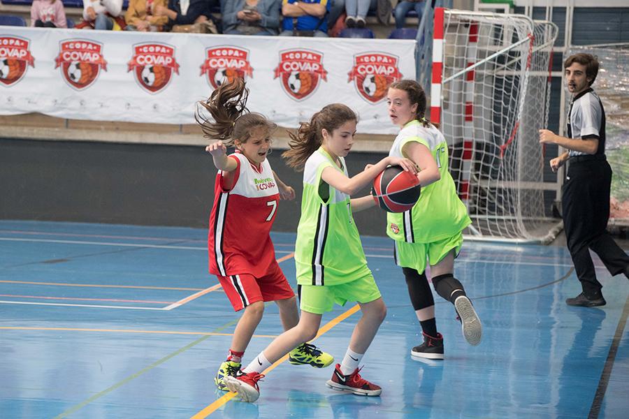 Baloncesto femenino en la Copa COVAP de Conil