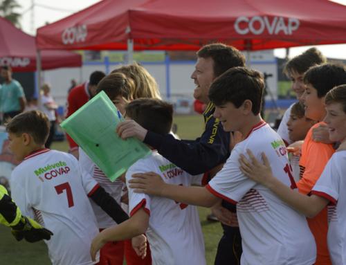 Conil espera una jornada radiante con el deporte, la prevención del acoso escolar y la vida saludable como protagonistas en esta séptima Copa COVAP