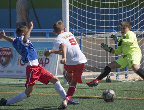 La Copa COVAP resalta en su sede de Málaga el deporte infantil para prevenir la lumbalgia, patología que afecta al 80% de los adultos