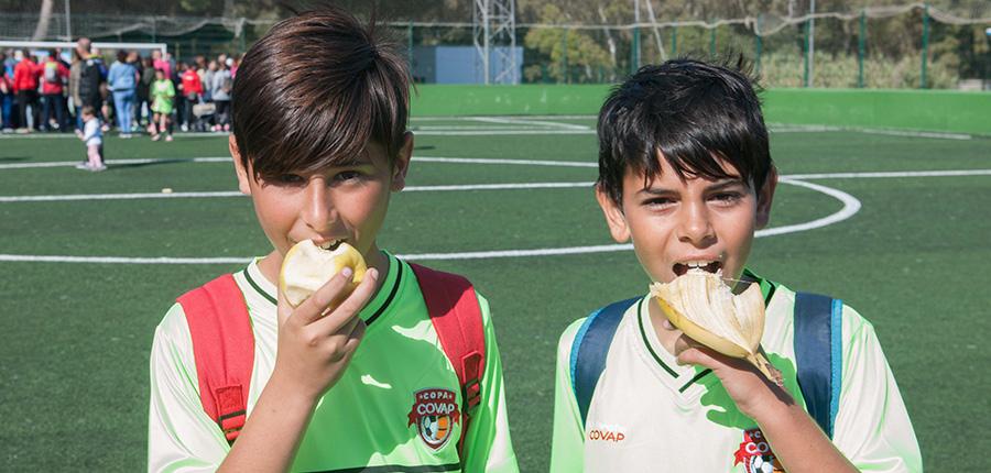 El desayuno, la comida fundamental del día para el rendimiento físico y académico